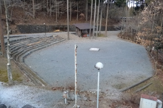 キャンプファイヤー場の写真